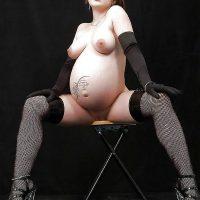 Amatrice enceinte libérée pour baiser