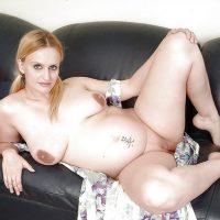 Rencontre sexe avec une nana enceinte exhibitionniste